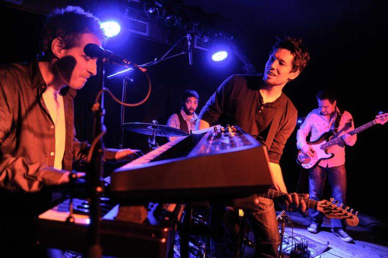 Aynsley Lister und Band